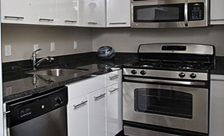 FranklinPlaza Kitchen 320x194